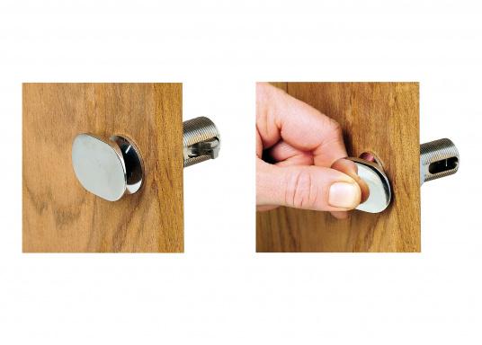 <div>Chromed snap lock with strike plate. Total length: 5 cm.</div>  (Image 5 of 5)