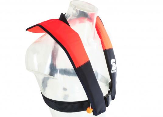 La coupe et le poids de ce gilet en font un équipement idéal pour l'aviron, le kayak et tout autre sport nautique pratiqué en eaux intérieures et espaces côtiers protégés. 100 N. Pour utilisateur à partir de 50 Kg (Image 4 de 10)