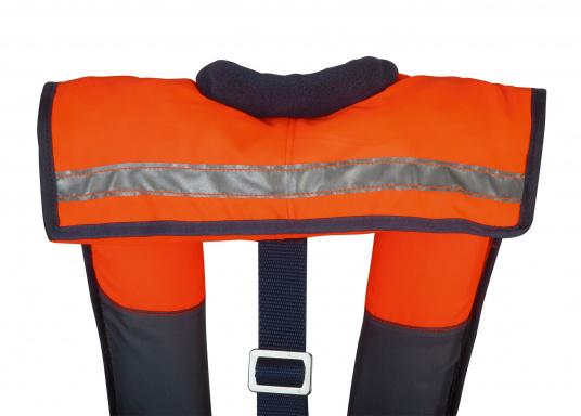 La coupe et le poids de ce gilet en font un équipement idéal pour l'aviron, le kayak et tout autre sport nautique pratiqué en eaux intérieures et espaces côtiers protégés. 100 N. Pour utilisateur à partir de 50 Kg (Image 3 de 10)