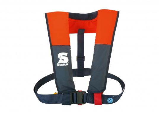 """La coupe et le poids de ce gilet en font un équipement idéal pour l&#39&#x3B;aviron, le kayak et tout autre sport nautique pratiqué en eaux intérieures et espaces côtiers protégés. 100 N. Pour utilisateur à partir de 50 Kg"""""""