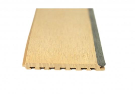 <div>Elegant und technisch hochwertig! Der flexible Teakoptik Deckbelag kann auf Kunststoff-, Stahl- und Holzoberflächen eingesetzt werden. Er ist langlebig, vollständig UV-stabilisiert und besonders rutschfest.</div>  (Bild 44 of 60)