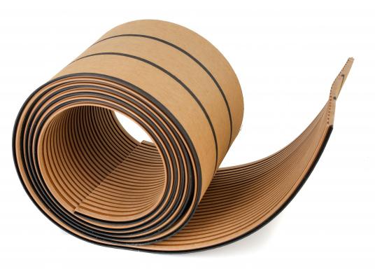 """Elegant und technisch hochwertig! Der flexible Teakoptik Deckbelag kann auf Kunststoff-, Stahl- und Holzoberflächen eingesetzt werden. Er ist langlebig, vollständig UV-stabilisiert und besonders rutschfest."""""""