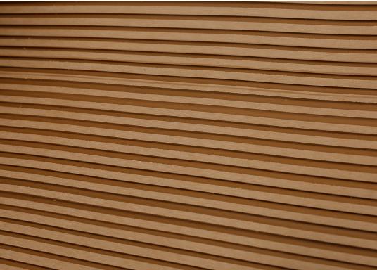 <div>Elegant und technisch hochwertig! Der flexible Teakoptik Deckbelag kann auf Kunststoff-, Stahl- und Holzoberflächen eingesetzt werden. Er ist langlebig, vollständig UV-stabilisiert und besonders rutschfest.</div>  (Bild 35 of 60)