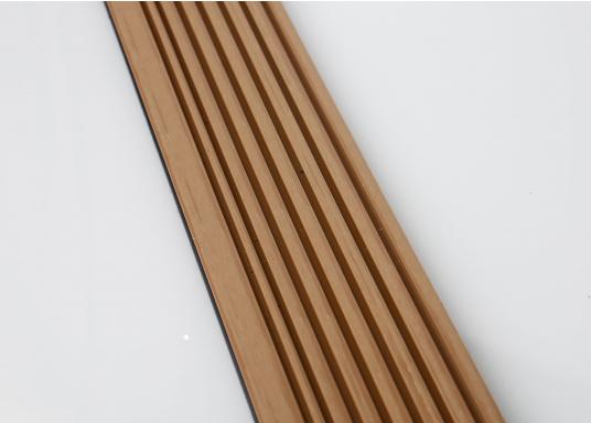 <div>Elegant und technisch hochwertig! Der flexible Teakoptik Deckbelag kann auf Kunststoff-, Stahl- und Holzoberflächen eingesetzt werden. Er ist langlebig, vollständig UV-stabilisiert und besonders rutschfest.</div>  (Bild 46 of 60)
