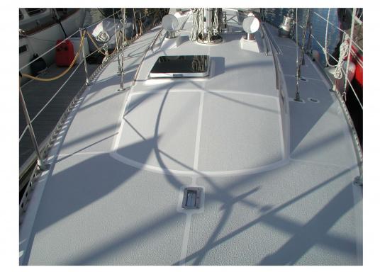 <div>KiwiGrip ist eine dauerhafte Anti-Rutsch Farbe, die eine langlebige, homogene und elastische Oberfläche erzeugt. Es lässt sich sehr schnell und einfach verteilen.</div>  (Bild 5 of 8)