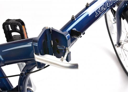 """Léger et solide ! Le vélo pliant alu SEATEC 20"""" est prêt en quelques secondes. Le cadre aluminium, le guidon réglable en hauteur, la selle et le dérailleur 3 vitesses en font une bicyclette agréable.  (Image 9 de 10)"""