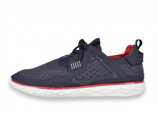 <div> The new tbs PROTEC combines the technology of a modern sports shoe  with ...