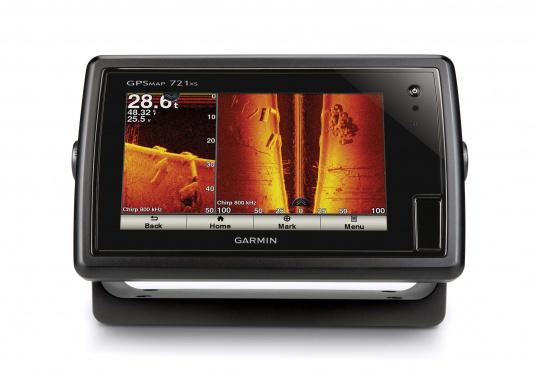 Das GPSMAP 721xs-Kombigerät aus Kartenplotter und Echolot ist bei Tag und bei Nacht problemlos abzulesen.  (Bild 5 von 7)