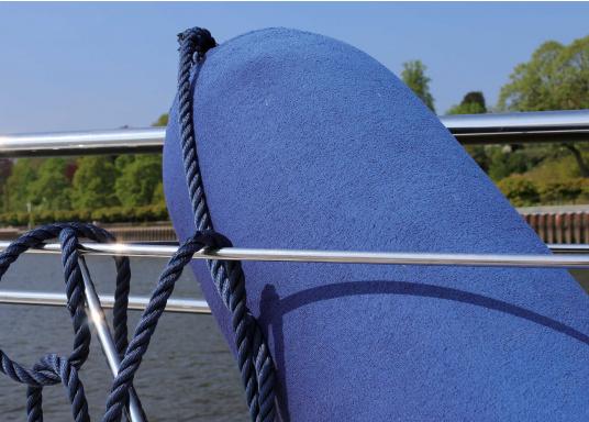 <div> Fendersocken – der einfache Weg Ihr Boot zu schützen. Diese Überzüge für Langfender bieten optimalen Schutz für Fender und Boot. Kein Quietschen mehr und kein Fenderabrieb.</div> (Bild 5 of 5)