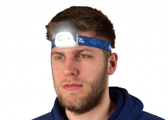 La lampe frontale ACTIK de PETZL fournit une lumière de 300 lumen. Avec un faisceau mixte, elle est parfaite pour les activités en plein air comme la randonnée, (Image 6 de 6)