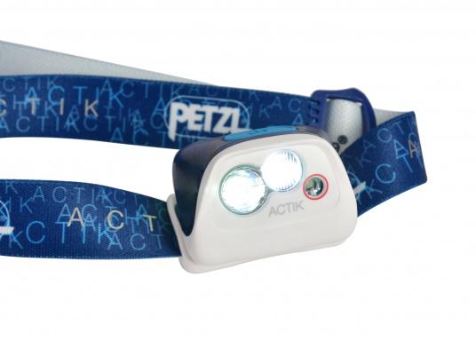 La lampe frontale ACTIK de PETZL fournit une lumière de 300 lumen. Avec un faisceau mixte, elle est parfaite pour les activités en plein air comme la randonnée, (Image 3 de 6)