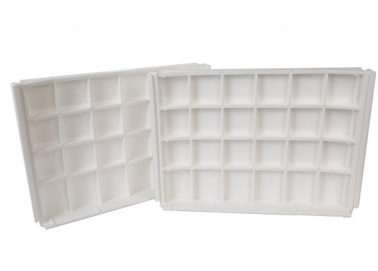 Back-To-Back Sitzbank mit Kunstlederbezug für zwei Personen mit Kunststoff-Aufbaurahmen. Die Sitzfläche lässt sich zu einer Liegefläche mit einer Länge von 166 cm ausklappen. (Bild 6 of 13)