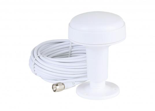 Ausgestattet mit einem internen Splitter, erlaubt der Camino-108S die Nutzung der vorhandenen UKW-Antenne. Dies macht den nachträglichen Einbau des AIS-Transponders besonders einfach. Im Lieferumfang ist die passende GPS-Antenne bereits enthalten. (Bild 8 von 8)