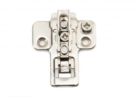 <div>Originale Clip-On Scharniere und dazugehörige Montageplatten von Bavaria. Erhältlich in verschiedenen Ausführungen.</div>  (Bild 34 of 36)