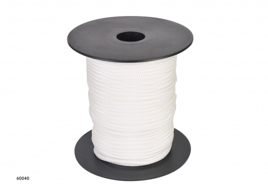 <div>Braided, kink-free and stretch-free flag line. Comes on a spool. Available in3, 4, 5 or 6 mm diameter, with a length of either50 m or 100 m.</div>  (Image 2 of 5)